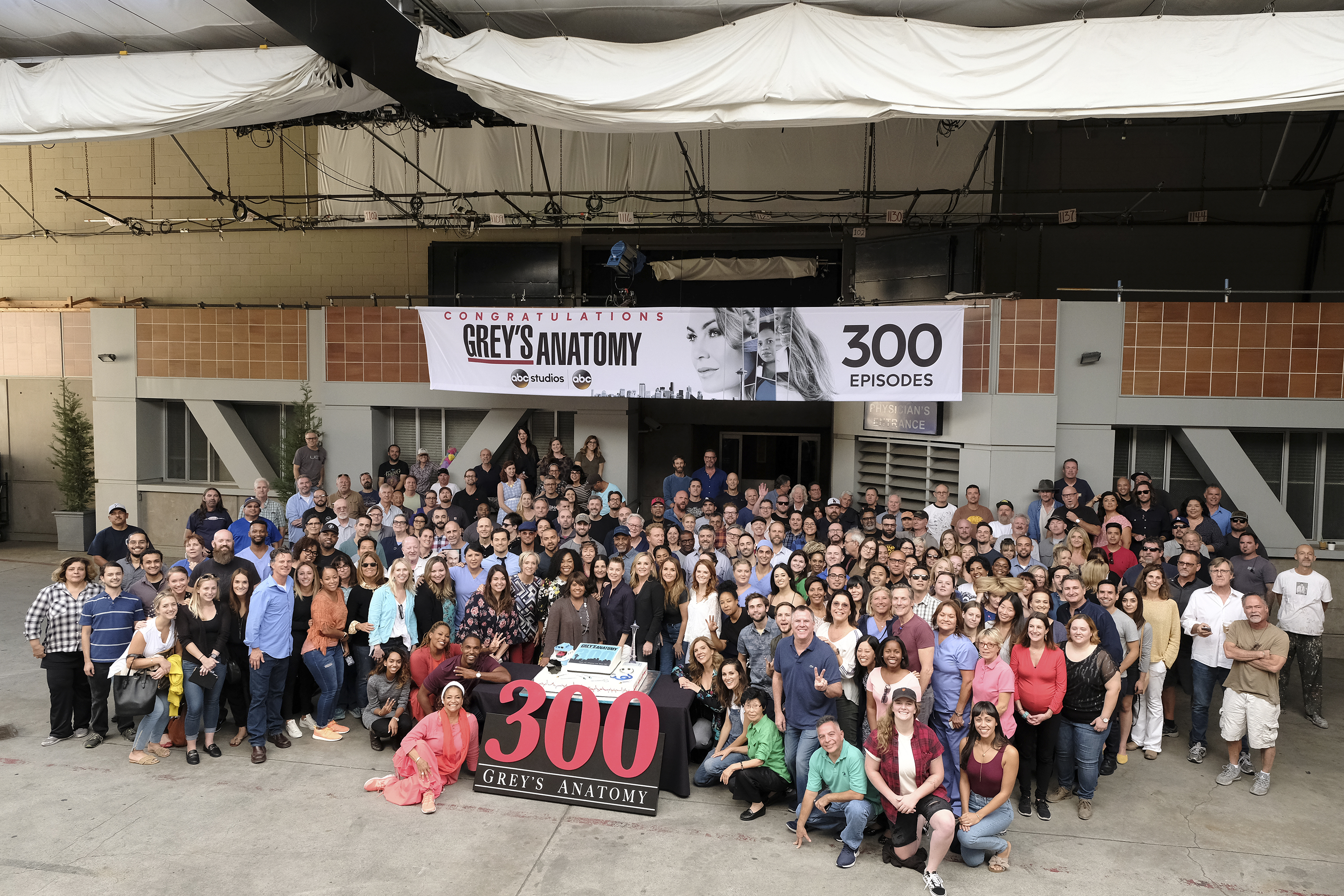 Grey\'s Anatomy Celebrates Landmark 300th Episode - The Walt Disney ...
