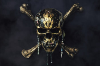 "First Look at ""Pirates of the Caribbean: Dead Men Tell No Tales"" Released"