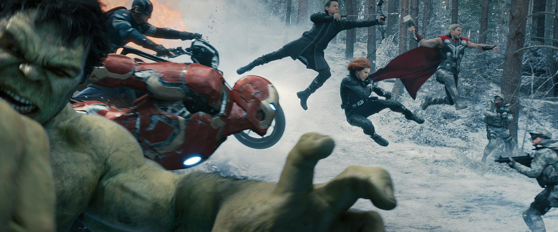 Marvel's Avengers: Age Of Ultron..L to R: Hulk (Mark Ruffalo), Captain America (Chris Evans), Iron Man (Robert Downey Jr.), Hawkeye (Jeremy Renner), Black Widow (Scarlett Johansson), and Thor (Chris Hemsworth)..Ph: Film Frame..©Marvel 2015