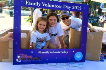 Disney VoluntEARS and Families Make a Difference During Family Volunteer Day
