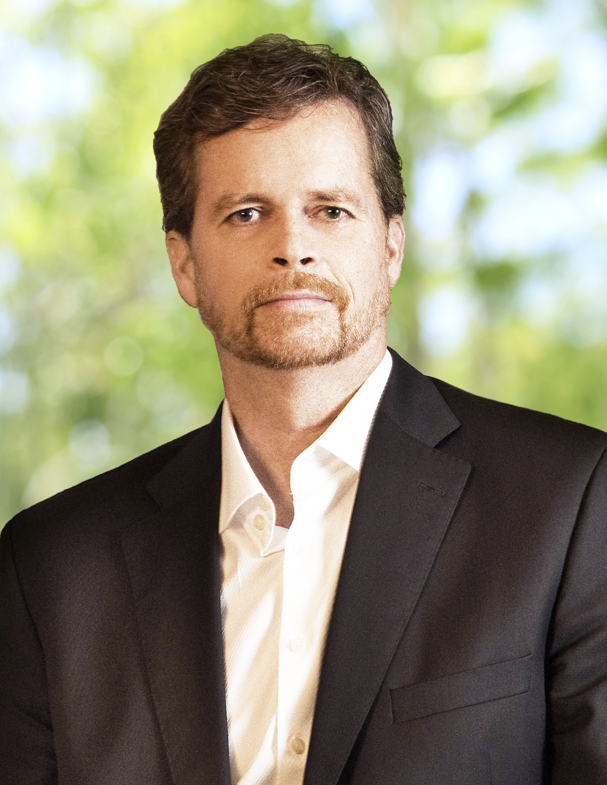 mark parkers leadership essay A designer by heart, ceo mark parker has helped nike post by encouraging continuous product innovation and volunteering his own successful design ideas.