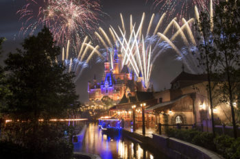 Walt Disney Parks and Resorts Win Awards Around the World in 2016